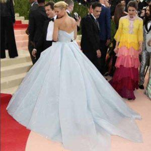 Claire Danes con vestido LED de Zac Posen